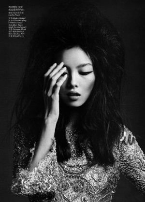 Top Asian model liu-wen-sun-feifei-vogue-china-march-2012.jpg